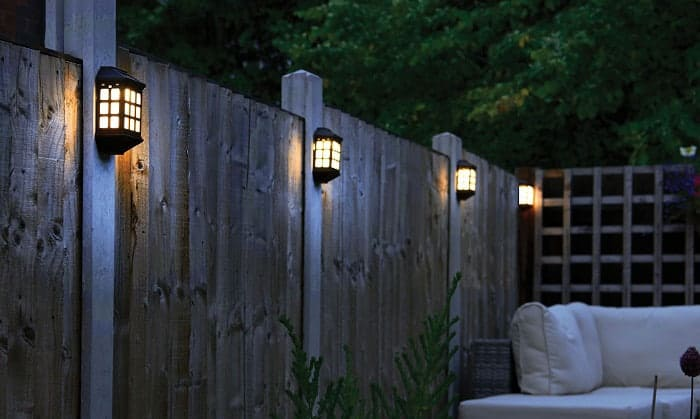 fence-top-solar-lights