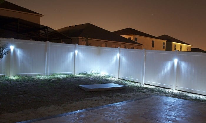 solar-fence-lighting