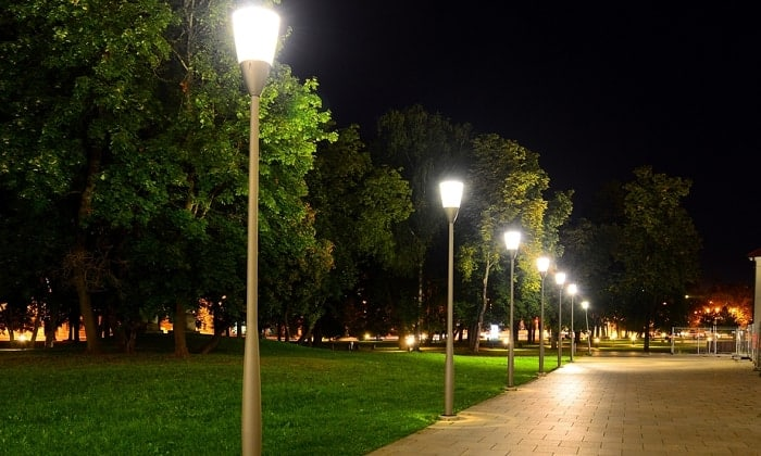 brightest-solar-lamp-post