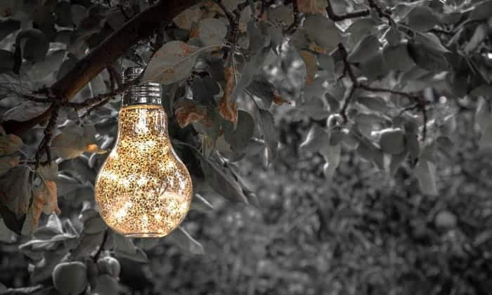 decorative-hanging-solar-lights