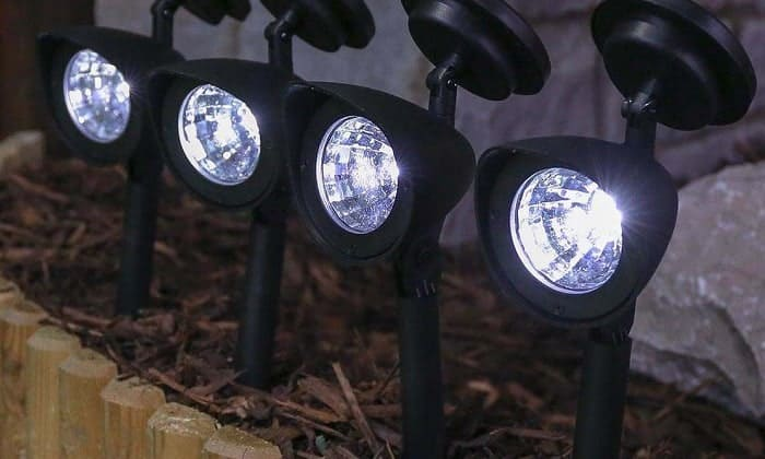 best-outdoor-solar-spot-lights