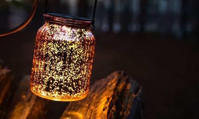 solar-power-camping-lantern