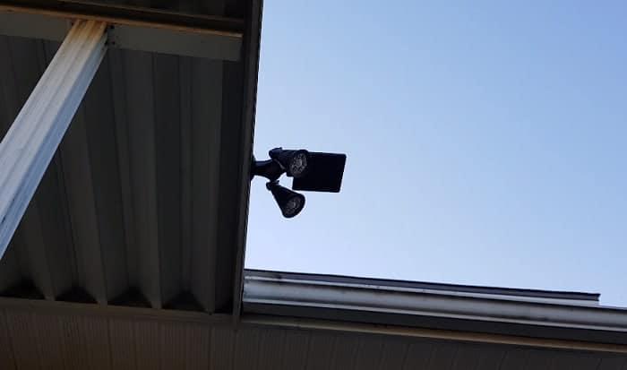 solar-powered-led-spotlights