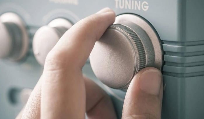 solar-powered-radio-review