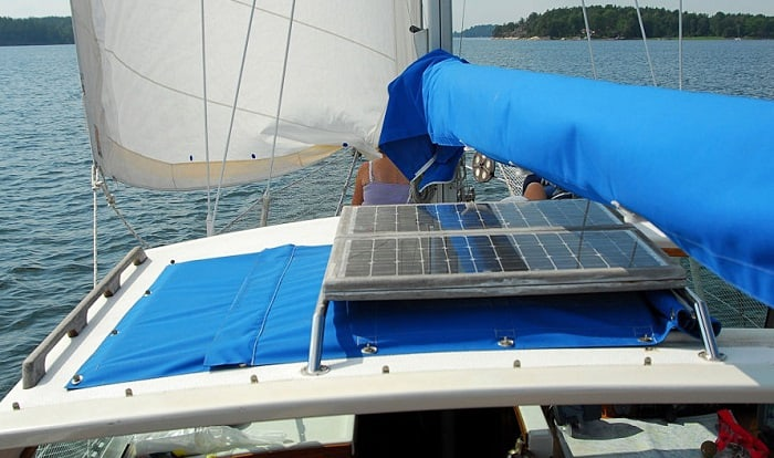 marine-solar-panels-review