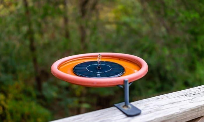 solar-power-birdbath-fountain