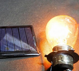 Charge-solar-lights-for-the-first-time