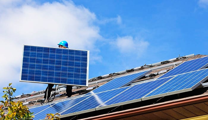 how much does a solar panel weight