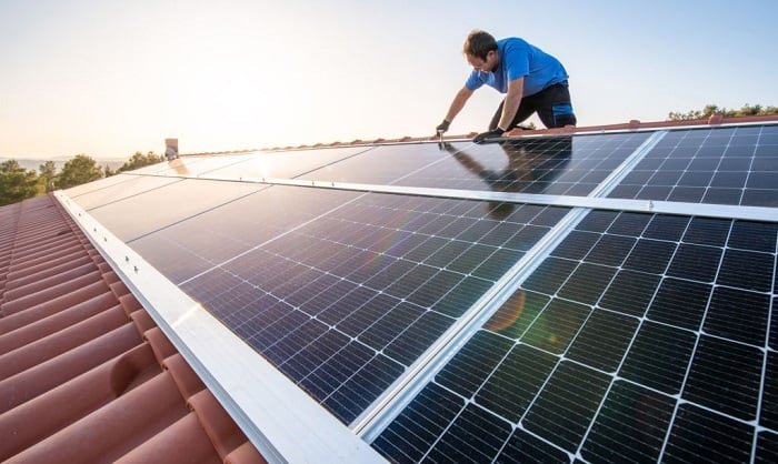 install-solar-panels-on-rooftop