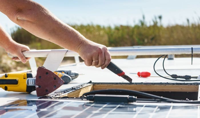 make-a-solar-panel-with-household-items