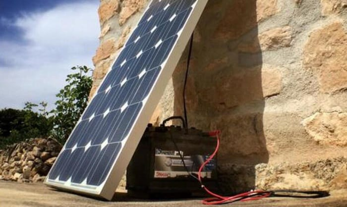 small-solar-panel-to-charge-12v-battery