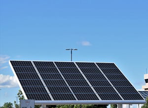 solar-panels-and-power-outages